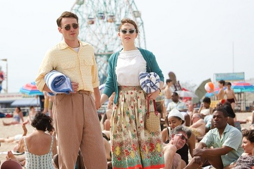 brooklyn-movie-saoirseronan-emorycohen_latinaonamission.com(1)
