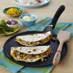 Easy Mango Chicken Quesadillas Recipe Thumbnail