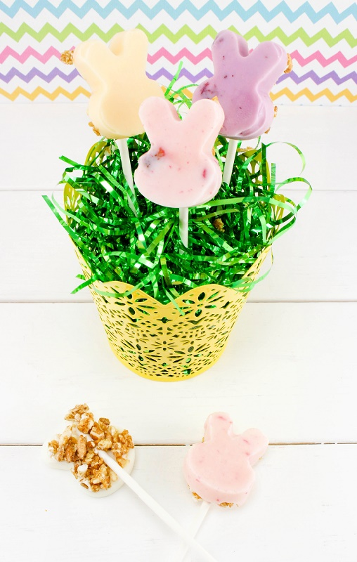 Easter Granola Yogurt Pops | Latina On a Mission, Healthy Food Blogger