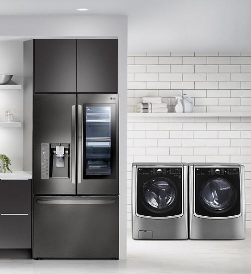 LG contemporary kitchen, stainless steel appliances, white kitchen, 5365900_S.eps4289713_S.eps4289704_S.eps